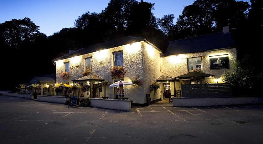 Pubs with Rooms Cornwall - Norway Inn, Perranarworthal