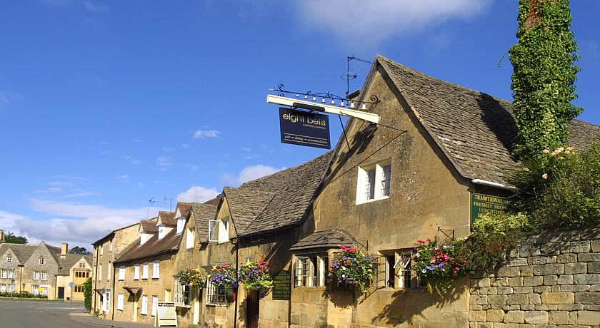 Pubs with Rooms in Cotswolds - Eight Bells Inn, Chipping Campden