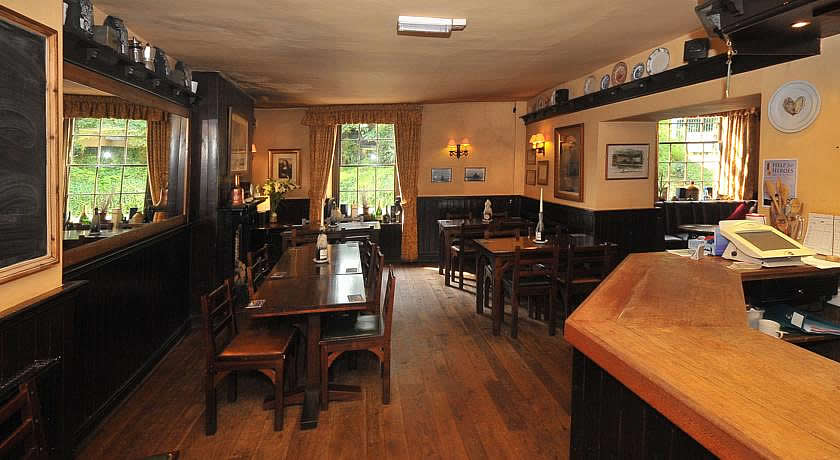 Pubs with Rooms in Devon - The Steam Packet Inn, Totnes