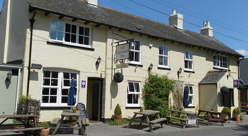 Pubs with Rooms in Dorset - The Chetnole Inn