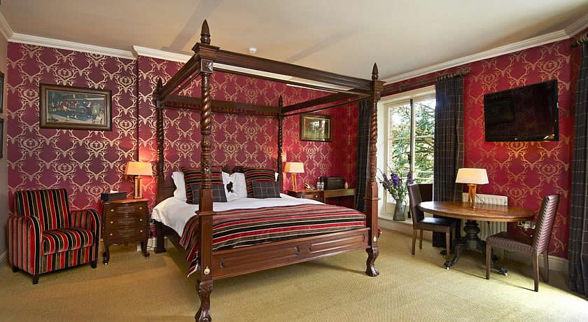Pubs with Rooms in Dorset - The Museum Inn, Farnham