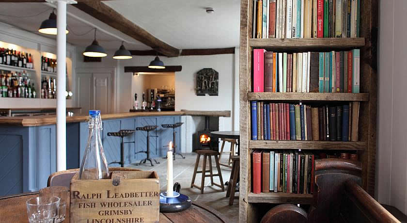 Pubs with Rooms in Norfolk - The Black Lion Hotel, Little Walsingham