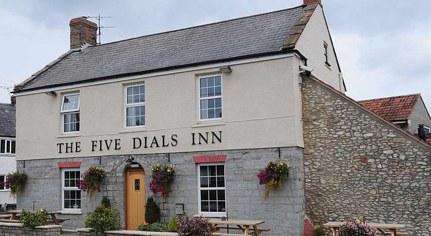 Pubs with Rooms in Somerset - The Five Dials Inn, Ilminster