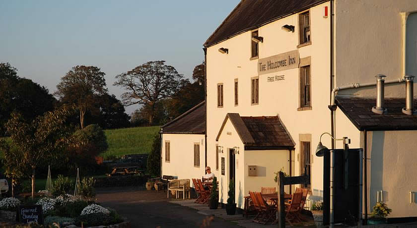 Pubs with Rooms in Somerset - The Holcombe Inn