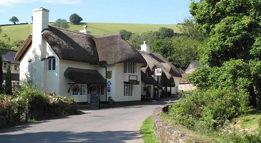 Pubs with Rooms in Somerset - The Royal Oak Inn, Winsford