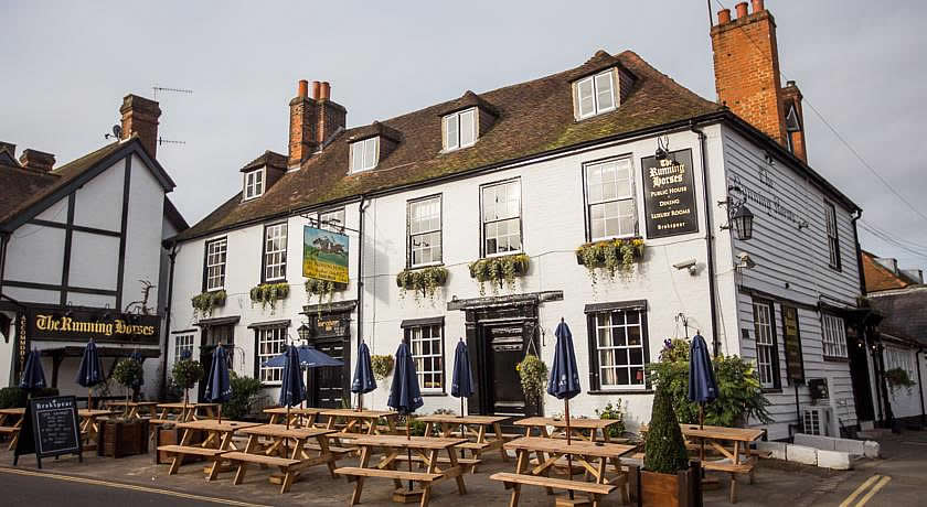 Pubs with Rooms in Surrey - Running Horses, Mickleham