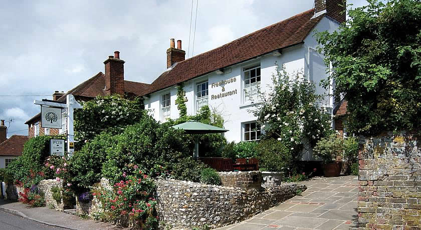 Pubs with Rooms in Sussex - The Royal Oak Inn, East Lavant