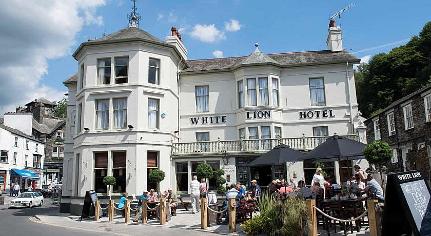 Pubs with Rooms in The Lake District - The White Lion, Ambleside