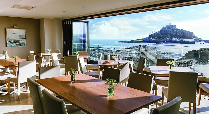 Restaurants with Rooms in Cornwall - Godolphin Arms, Marazion
