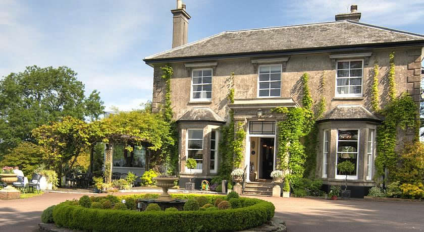 Restaurants with Rooms in Devon - The Horn Of Plenty, Gulworthy