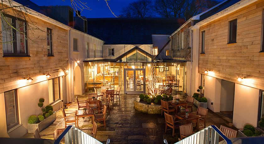 Restaurants with Rooms in Devon - The Three Crowns, Chagford