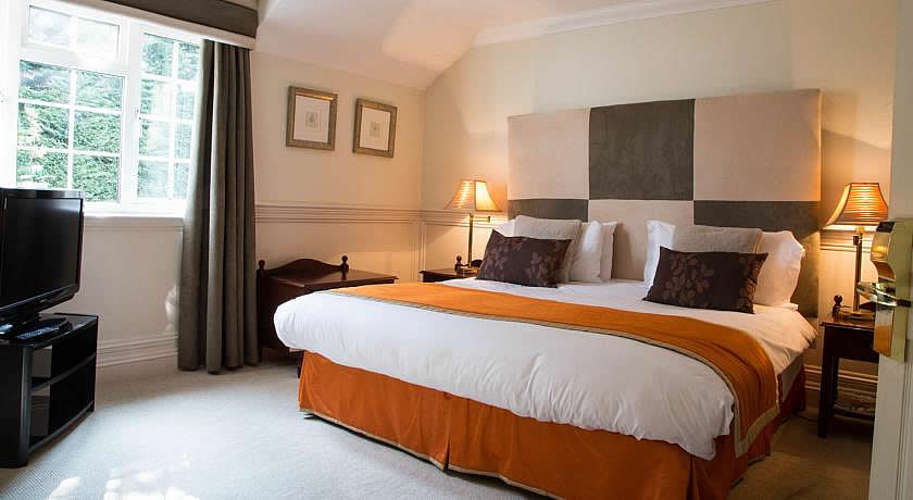 Restaurants with Rooms in Dorset - Lord Bute, Highcliffe