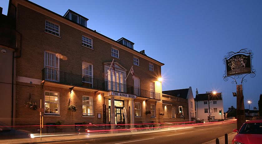 Restaurants with Rooms in Dorset - The Kings Harbour Hotel, Christchurch