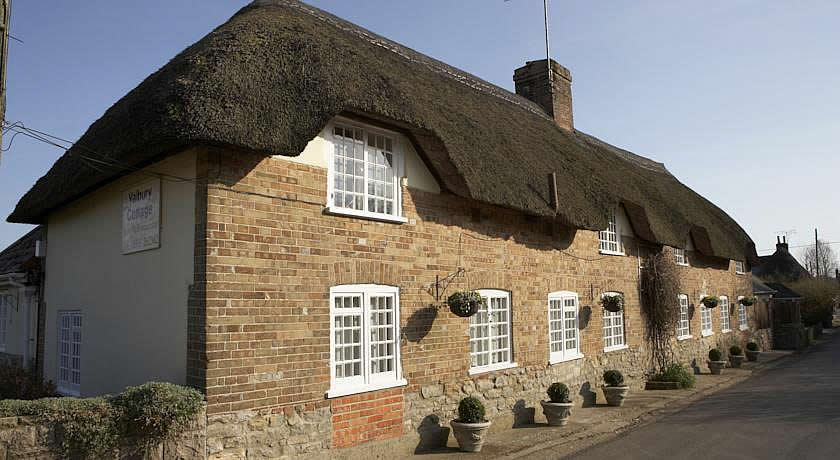 Restaurants with Rooms in Dorset - Yalbury Cottage, Lower Bockhampton