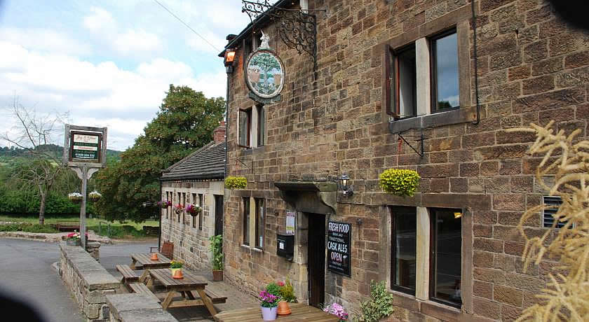 Pubs with Rooms in Derbyshire - The Jug & Glass Inn, Matlock