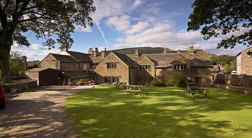 Pubs with Rooms in Derbyshire - The Old Hall Inn, Chinley