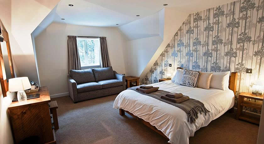 Pubs with Rooms in Derbyshire - The White Hart Inn, Alfreton