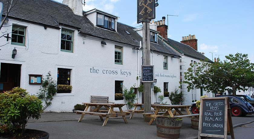 Pubs with Rooms in Scotland - The Cross Keys, Kippen