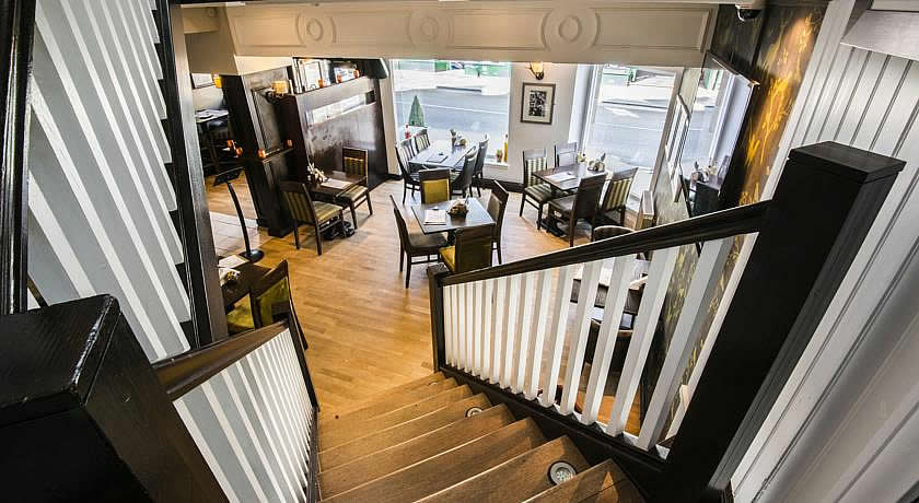 Pubs with Rooms in Scotland - The Golf Inn, St Andrews