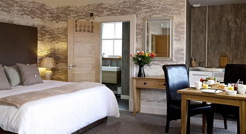 Pubs with Rooms in Scotland - The Tower Gastro Pub, Crieff