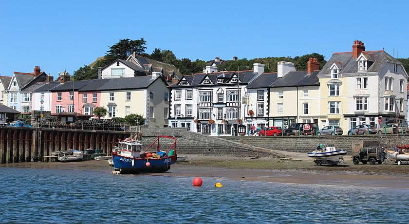 Pubs with Rooms in Wales - Dovey Inn, Aberdyfi