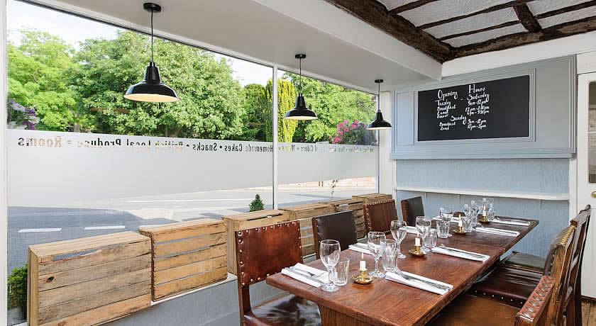 Restaurants with Rooms in Kent - The Corner House, Minster