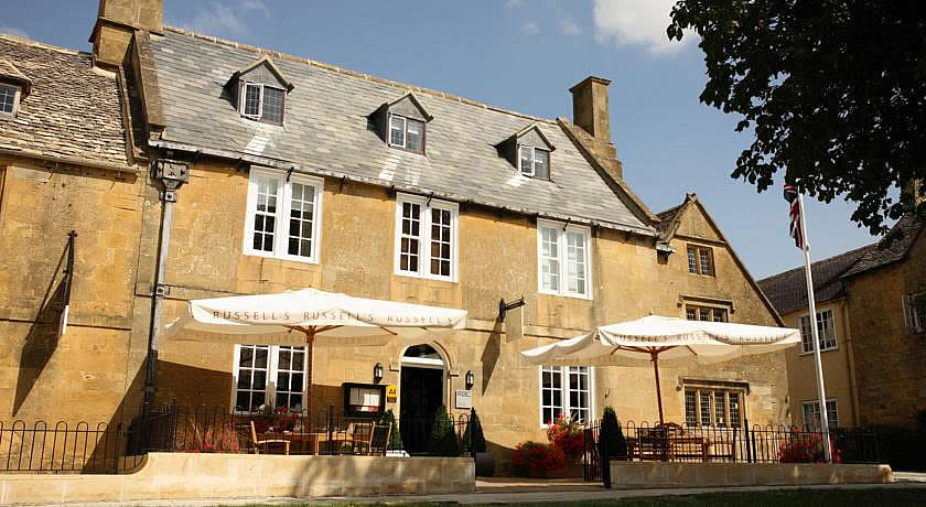 Restaurants with Rooms in The Cotswolds - Russells, Broadway