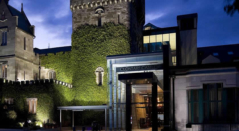 Restaurants with Rooms in Dublin - Clontarf Castle Hotel