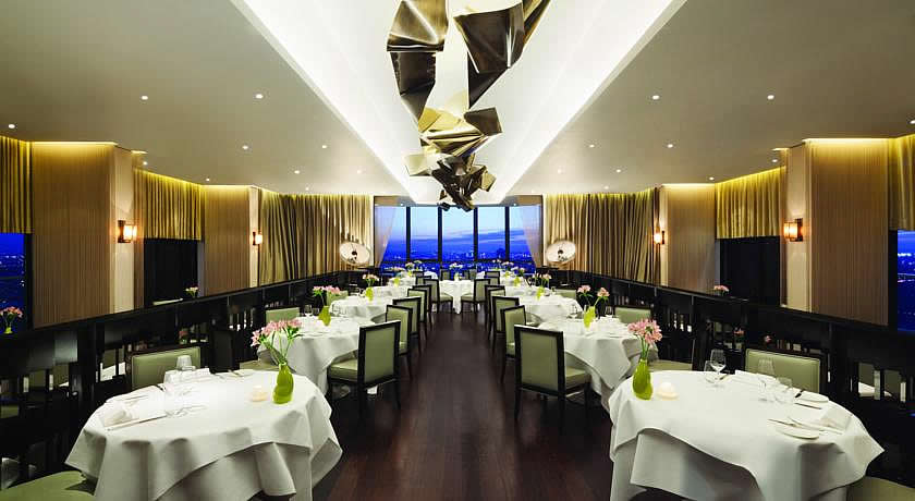 Michelin Star Restaurants - Galvin at Windows at The London Hilton
