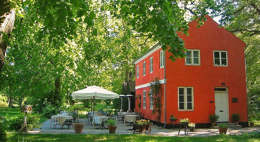 Michelin Star Restaurants in Copenhagen - Den Røde Cottage