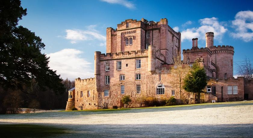 Restaurants with Rooms in Edinburgh - Dalhousie Castle Hotel