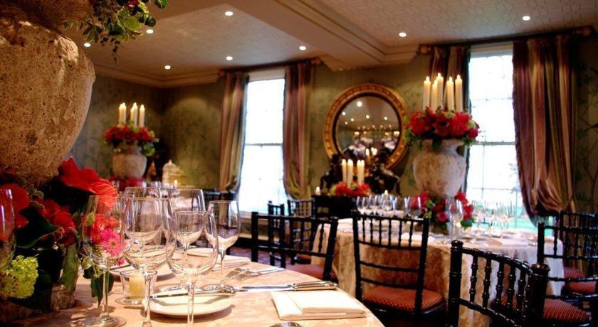 Restaurants with Rooms in Edinburgh - Prestonfield House