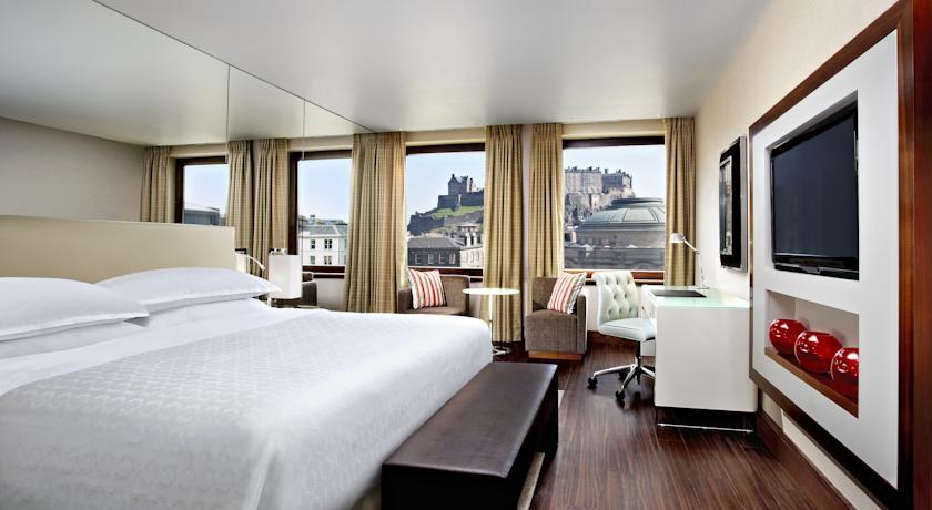 Restaurants with Rooms in Edinburgh - Sheraton Grand Hotel & Spa