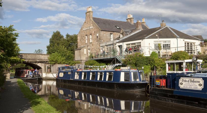 Restaurants with Rooms in Edinburgh - The Bridge Inn