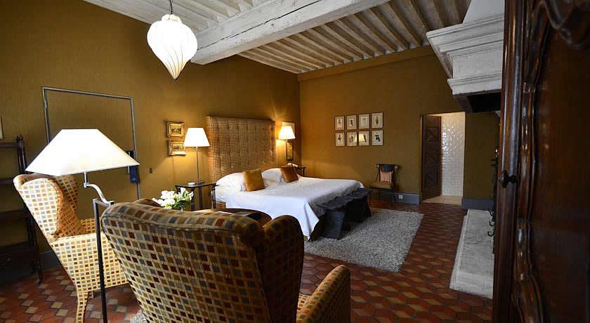 Michelin Star Restaurants With Rooms In Provence Baumanière Les Baux De