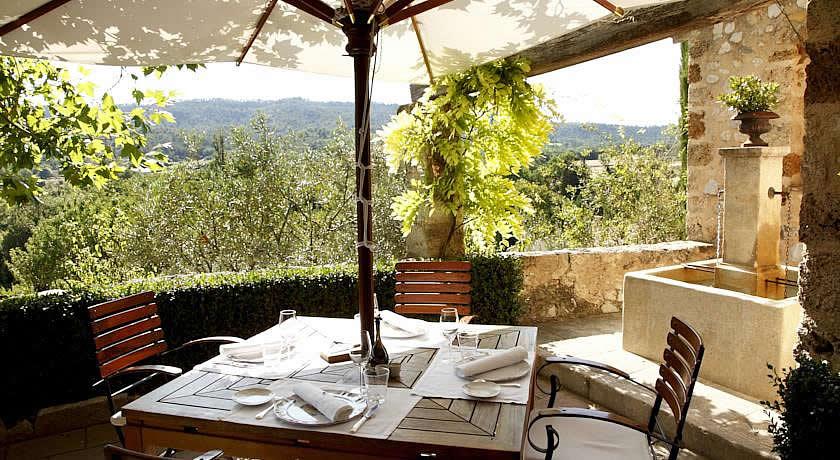 Michelin Star Restaurants with Rooms in Provence - La Bastide De ...