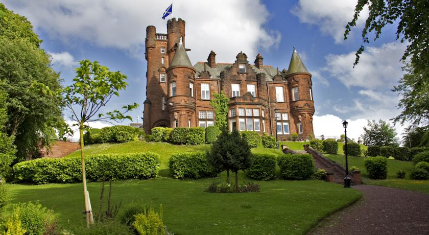 Restaurants with Rooms in Glasgow - Sherbrooke Castle Hotel